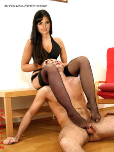 Katrina Kaif Nude Giving Footjob and Get Fucked in her Virgin Pussy [Fake]