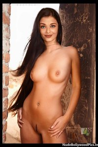 Aishwarya Rai Nude Showing her Boobs and her Shaved Pussy [Fake]