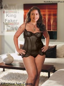 iz7fkb3emo08 t Manisha Koirala Nude Showing her BOobs and her Pussy Hole [Fake]