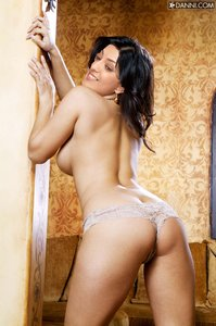 6b4iwj3hk6pk t Kajal Agarwal Nude Showing her Boobs n Pussy in Blue Saree [Fake]